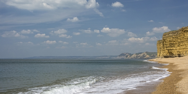 Dunscombe Manor is settled near secluded beaches along the Jurassic Coast_5
