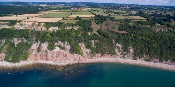 Dunscombe Manor is settled near secluded beaches along the Jurassic Coast_6